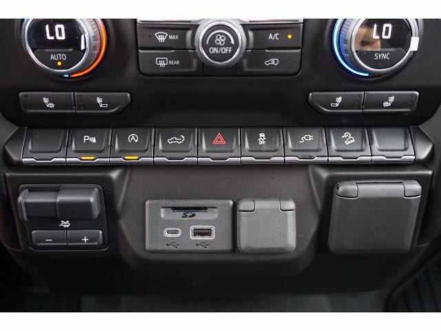 2021 Chevrolet Silverado 1500 Crew Cab 4x4, Pickup #111438 - photo 11