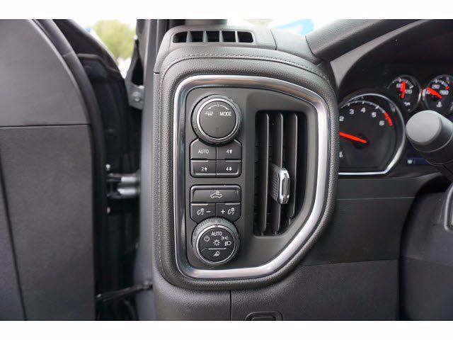 2021 Chevrolet Silverado 1500 Crew Cab 4x4, Pickup #111438 - photo 13