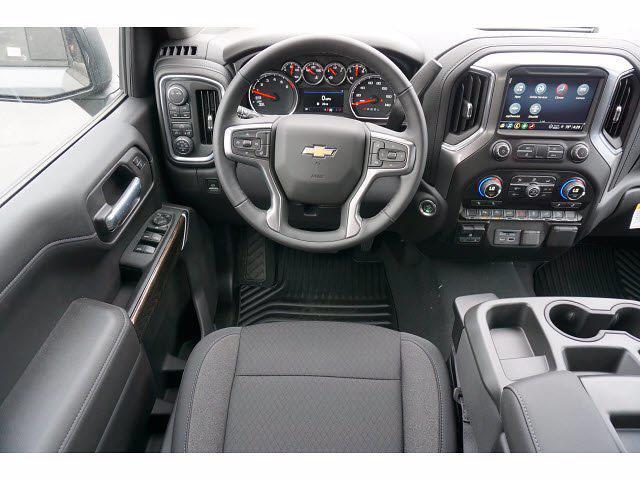 2021 Chevrolet Silverado 1500 Crew Cab 4x4, Pickup #111438 - photo 7