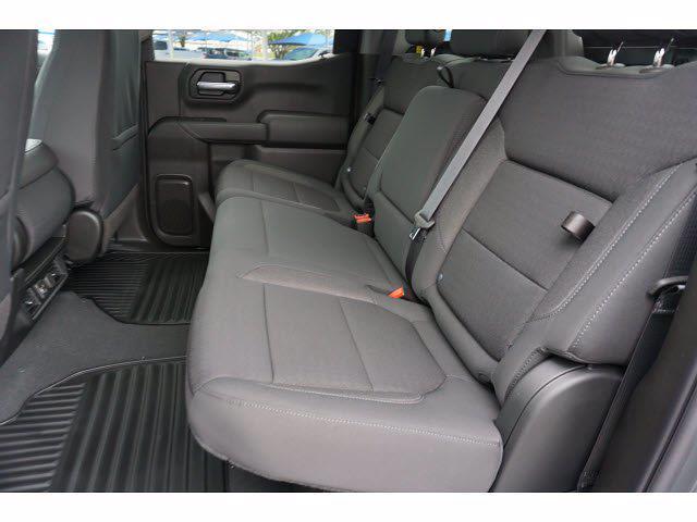2021 Chevrolet Silverado 1500 Crew Cab 4x4, Pickup #111438 - photo 9