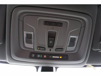2021 Chevrolet Silverado 1500 Crew Cab 4x4, Pickup #111438 - photo 14