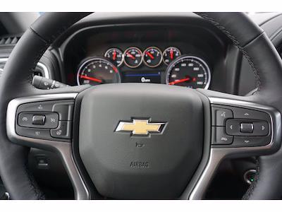 2021 Chevrolet Silverado 1500 Crew Cab 4x4, Pickup #111438 - photo 19