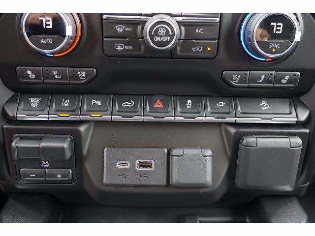 2021 Chevrolet Silverado 2500 Crew Cab 4x4, Pickup #111531 - photo 12
