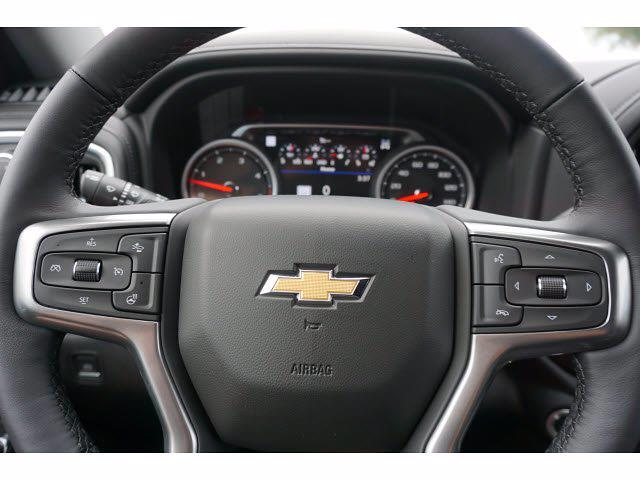 2021 Chevrolet Silverado 2500 Crew Cab 4x4, Pickup #111531 - photo 17