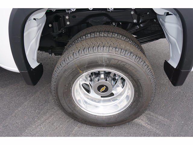 2021 Chevrolet Silverado 3500 Crew Cab 4x4, Pickup #111532 - photo 20