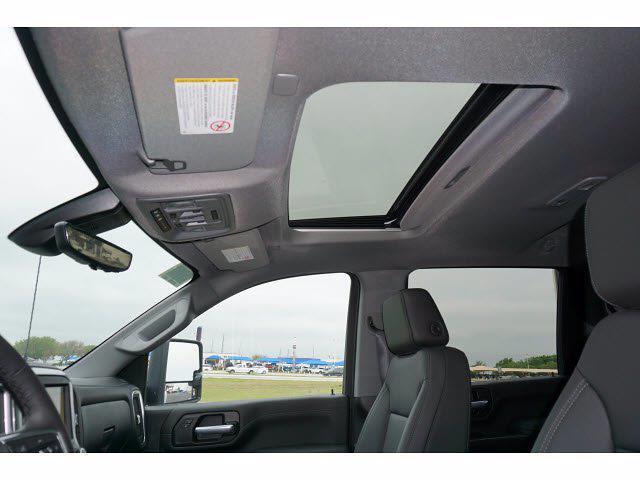 2021 Chevrolet Silverado 3500 Crew Cab 4x4, Pickup #111532 - photo 7