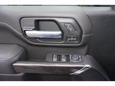 2021 Chevrolet Silverado 3500 Crew Cab 4x4, Pickup #111532 - photo 15