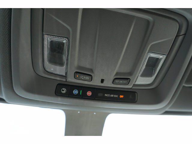 2021 Chevrolet Silverado 3500 Crew Cab AWD, Knapheide PGNB Gooseneck Platform Body #111695 - photo 20