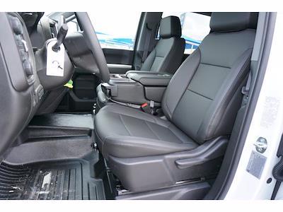 2021 Chevrolet Silverado 3500 Crew Cab AWD, Knapheide PGNB Gooseneck Platform Body #111695 - photo 10
