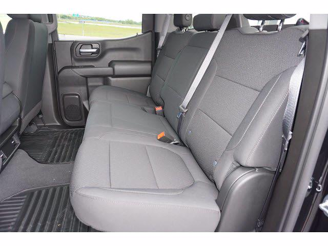 2021 Chevrolet Silverado 1500 Crew Cab 4x2, Pickup #111697 - photo 9