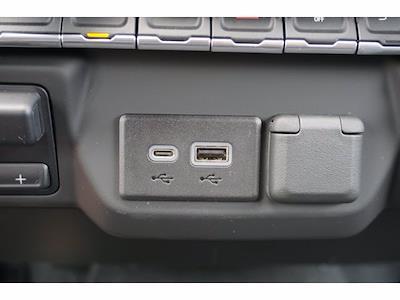 2021 Chevrolet Silverado 1500 Double Cab 4x2, Pickup #111730 - photo 11