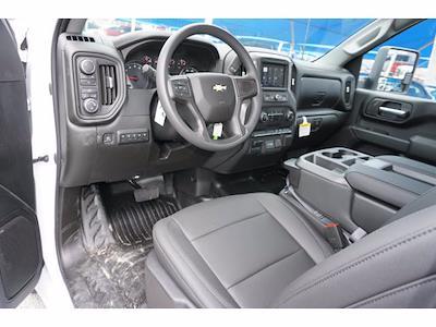 2021 Chevrolet Silverado 3500 Regular Cab AWD, Knapheide PGNB Gooseneck Platform Body #111780 - photo 10