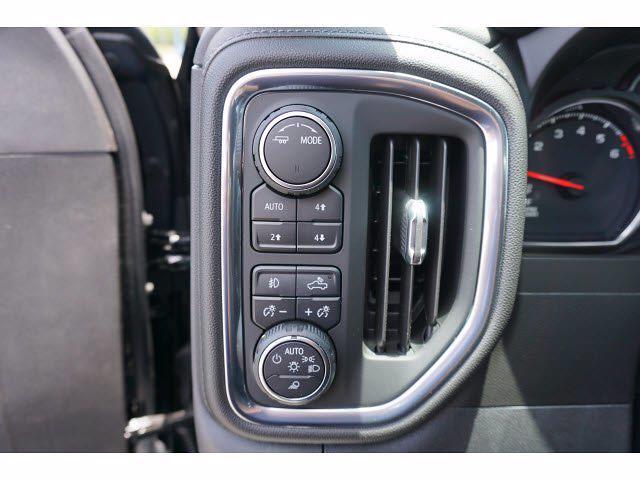 2021 Chevrolet Silverado 1500 Crew Cab 4x4, Pickup #111781 - photo 15