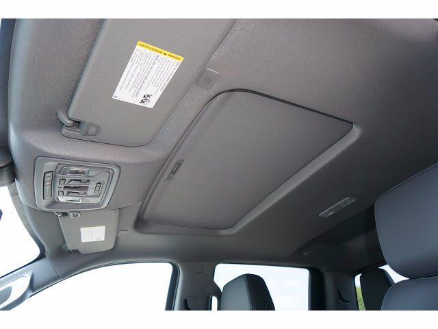 2021 Chevrolet Silverado 1500 Crew Cab 4x4, Pickup #111781 - photo 8