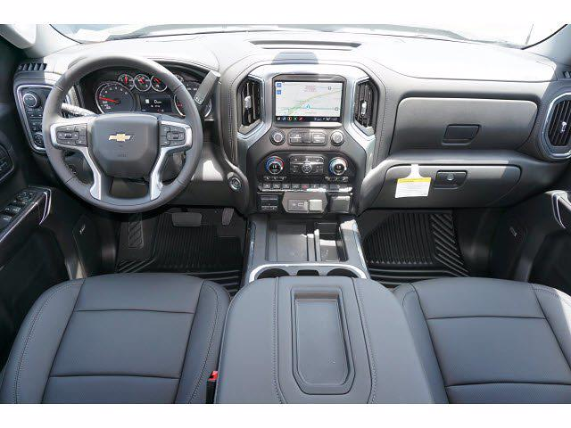 2021 Chevrolet Silverado 1500 Crew Cab 4x4, Pickup #111781 - photo 9