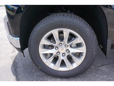 2021 Chevrolet Silverado 1500 Crew Cab 4x4, Pickup #111781 - photo 6
