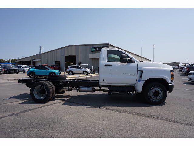 2021 Silverado 4500 Regular Cab DRW 4x2,  Cab Chassis #112186 - photo 5