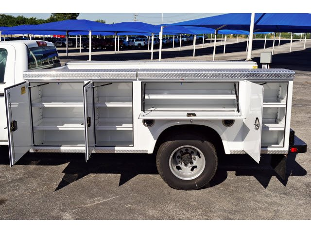 2017 Silverado 3500 Regular Cab DRW 4x2,  Royal Service Body #173317 - photo 4