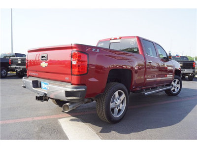 2018 Silverado 2500 Crew Cab 4x4,  Pickup #181505 - photo 2