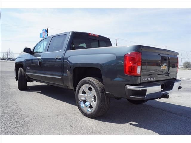 2018 Silverado 1500 Crew Cab, Pickup #181697 - photo 2