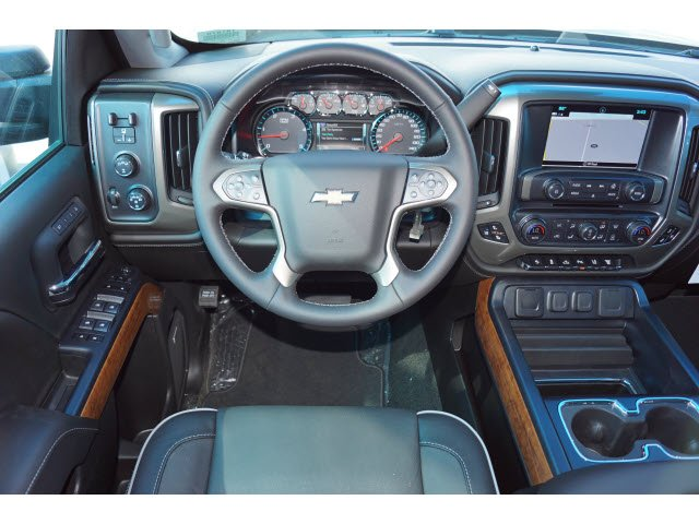 2018 Silverado 3500 Crew Cab 4x4, Pickup #181870 - photo 6