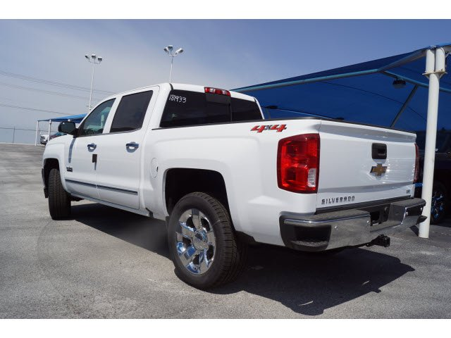 2018 Silverado 1500 Crew Cab 4x4, Pickup #181933 - photo 2