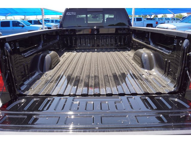 2018 Silverado 3500 Crew Cab 4x4, Pickup #182232 - photo 5