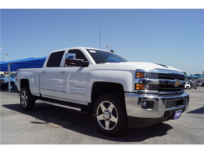2018 Silverado 2500 Crew Cab 4x4, Pickup #182266 - photo 3