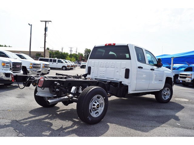 2018 Silverado 2500 Double Cab 4x4,  Cab Chassis #182370 - photo 2