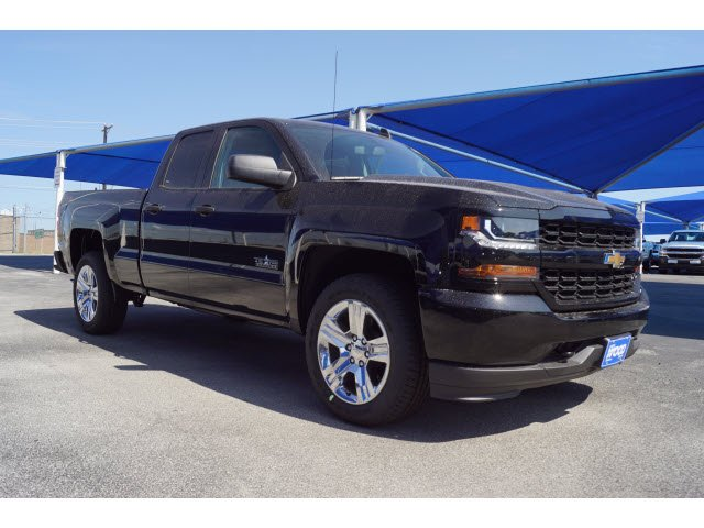 2018 Silverado 1500 Double Cab 4x4,  Pickup #182734 - photo 3