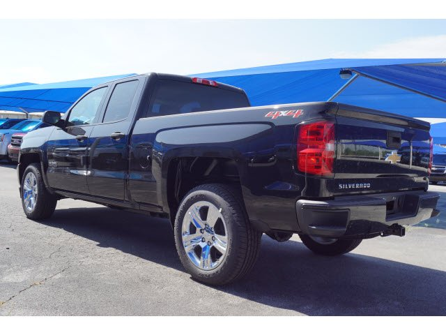 2018 Silverado 1500 Double Cab 4x4,  Pickup #182734 - photo 2