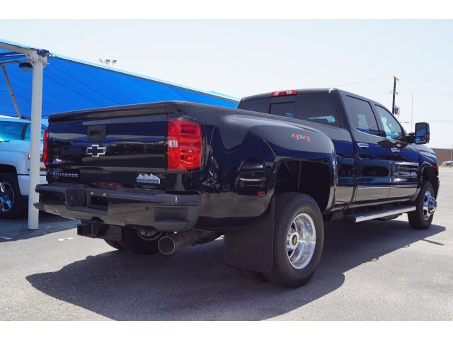 2018 Silverado 3500 Crew Cab 4x4,  Pickup #182791 - photo 4