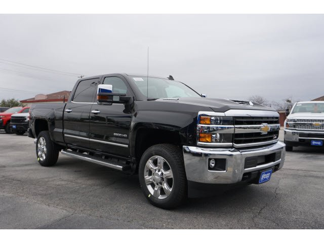 2019 Silverado 2500 Crew Cab 4x4,  Pickup #190975 - photo 3
