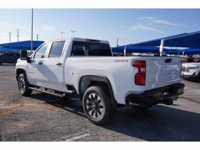 2021 Chevrolet Silverado 2500 Crew Cab 4x4, Pickup #F0754M - photo 2