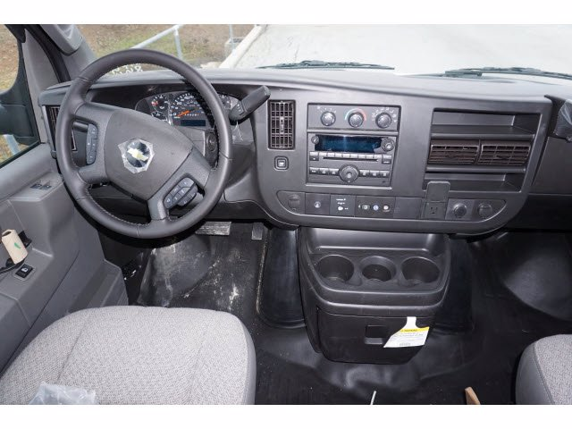 2020 Chevrolet Express 3500 RWD, Supreme Iner-City Dry Freight #201236 - photo 7