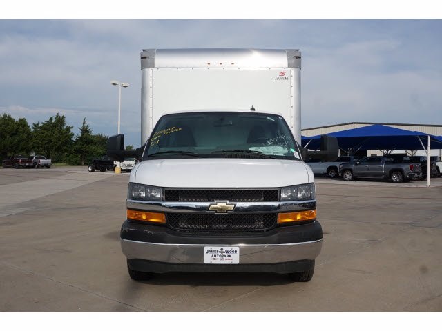 2020 Chevrolet Express 3500 RWD, Supreme Iner-City Dry Freight #203490 - photo 3