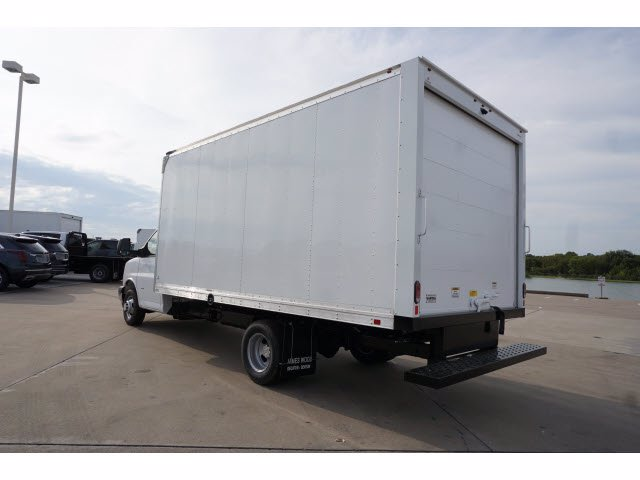 2020 Chevrolet Express 3500 RWD, Supreme Iner-City Dry Freight #203490 - photo 2