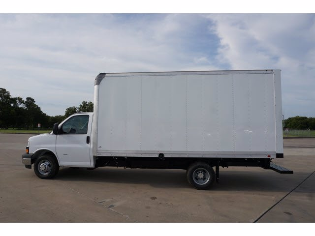 2020 Chevrolet Express 3500 RWD, Supreme Iner-City Dry Freight #203490 - photo 8