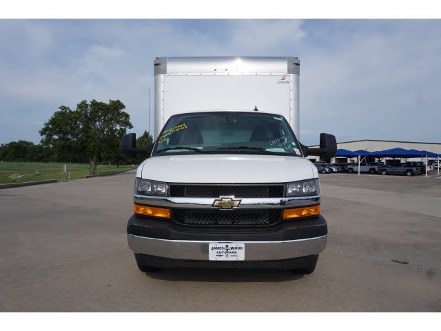 2020 Chevrolet Express 3500 RWD, Supreme Iner-City Dry Freight #203491 - photo 3