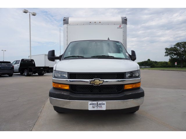 2020 Chevrolet Express 3500 RWD, Supreme Iner-City Dry Freight #203492 - photo 3