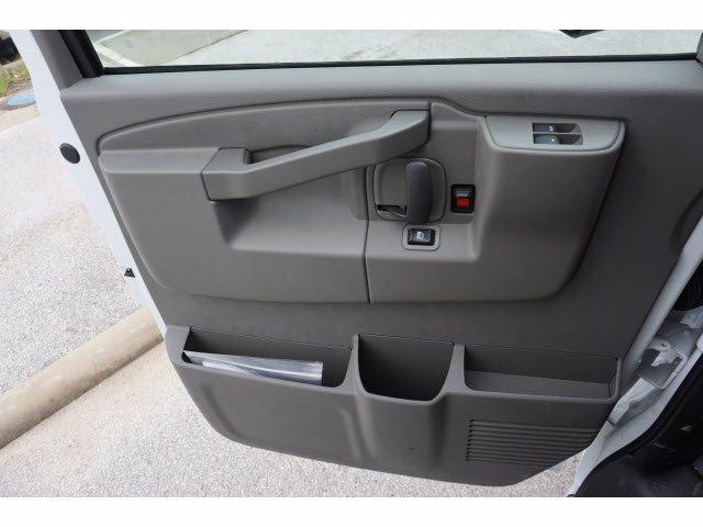 2020 Chevrolet Express 3500 DRW 4x2, Supreme Iner-City Cutaway Van #203982 - photo 14