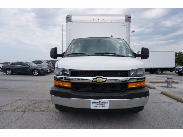 2020 Chevrolet Express 3500 RWD, Supreme Iner-City Dry Freight #203493 - photo 3
