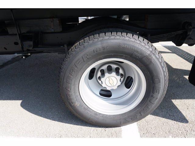 2020 Chevrolet Express 3500 RWD, Morgan Parcel Aluminum Cutaway Van #203974 - photo 10