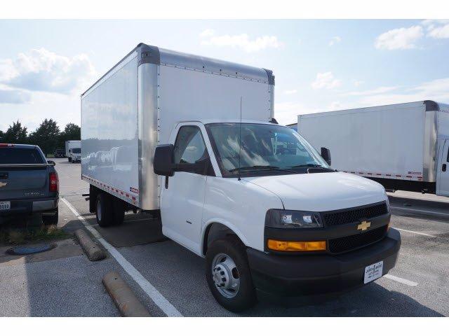 2020 Chevrolet Express 3500 RWD, Morgan Parcel Aluminum Cutaway Van #203974 - photo 4