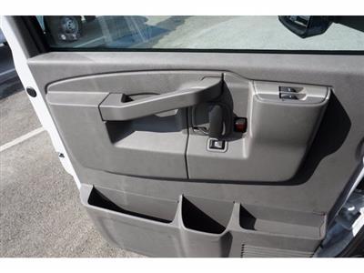 2020 Chevrolet Express 3500 RWD, Morgan Parcel Aluminum Cutaway Van #203974 - photo 18