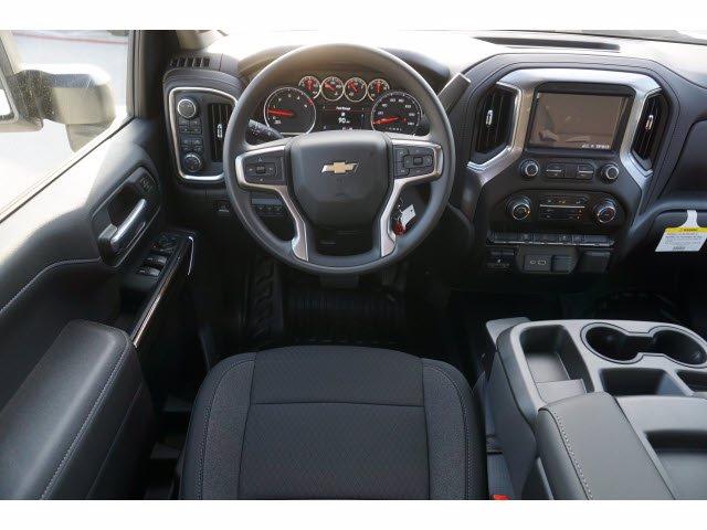 2020 Chevrolet Silverado 3500 Crew Cab DRW 4x4, CM Truck Beds SK Model Platform Body #203976 - photo 12
