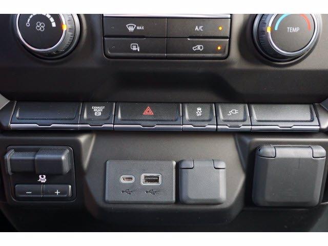 2020 Chevrolet Silverado 3500 Crew Cab DRW 4x4, CM Truck Beds SK Model Platform Body #203976 - photo 19
