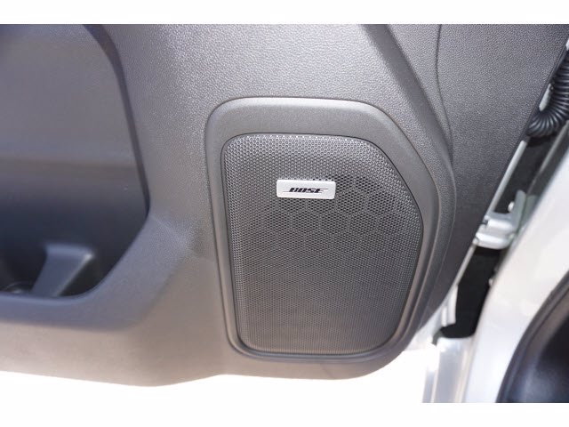2020 Chevrolet Silverado 1500 Crew Cab 4x4, Pickup #204022 - photo 13
