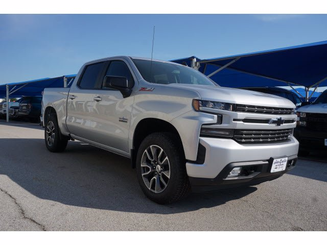 2020 Chevrolet Silverado 1500 Crew Cab 4x4, Pickup #204022 - photo 3