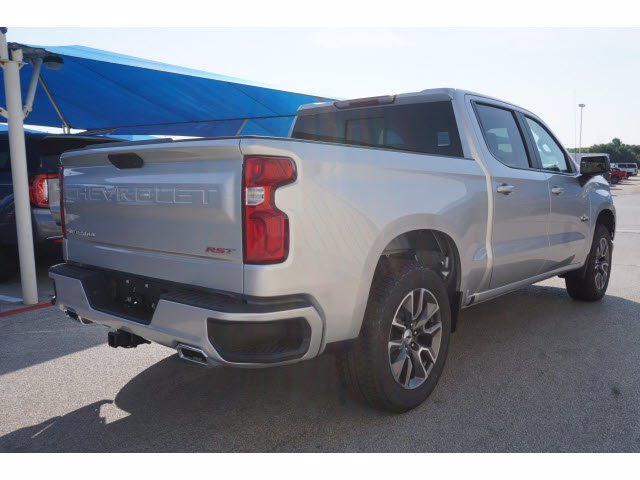 2020 Chevrolet Silverado 1500 Crew Cab 4x4, Pickup #204022 - photo 4